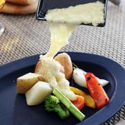 チーズ好きさん必見!1台で同時調理が可能なとろ~りチーズパーティーアイデア