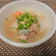 コラーゲンたっぷり手羽の塩麹スープ