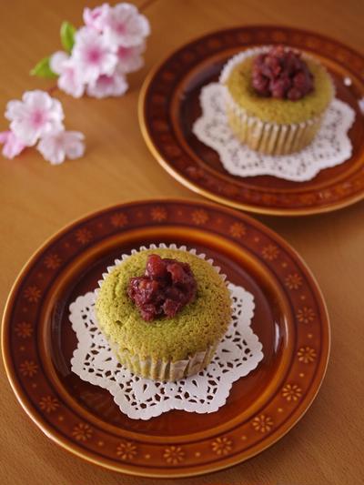 栗がまるごと♪抹茶とあずきのはちみつカップケーキ