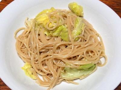 春キャベツとアンチョビソースのスパゲティ