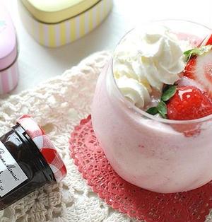 【セブンイレブン】果実感半端ない!冷凍フルーツで簡単スムージーレシピ