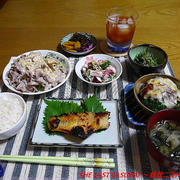 【夕食】赤魚西京漬け・豚しゃぶ・ブロッコリービーフソースチーズ焼き…