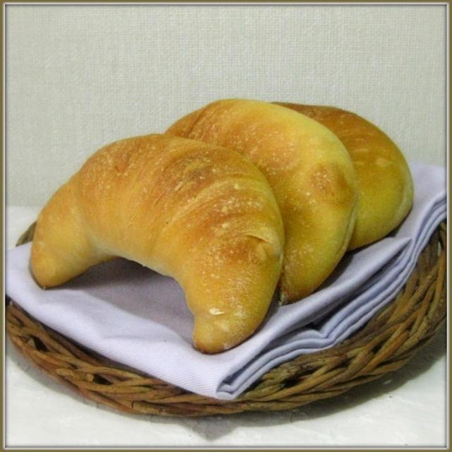 【ノンオイル】こねないでつくる♪角(つの)パン