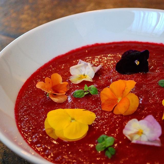 ビーツまるごと 花畑のスープ