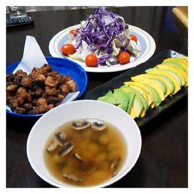 昨日の夕ご飯☆鳥軟骨唐揚げ&自家製野菜naサラダとスープ