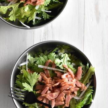 春菊と大根のベーコンドレッシングサラダ~ぐんまアンバサダー