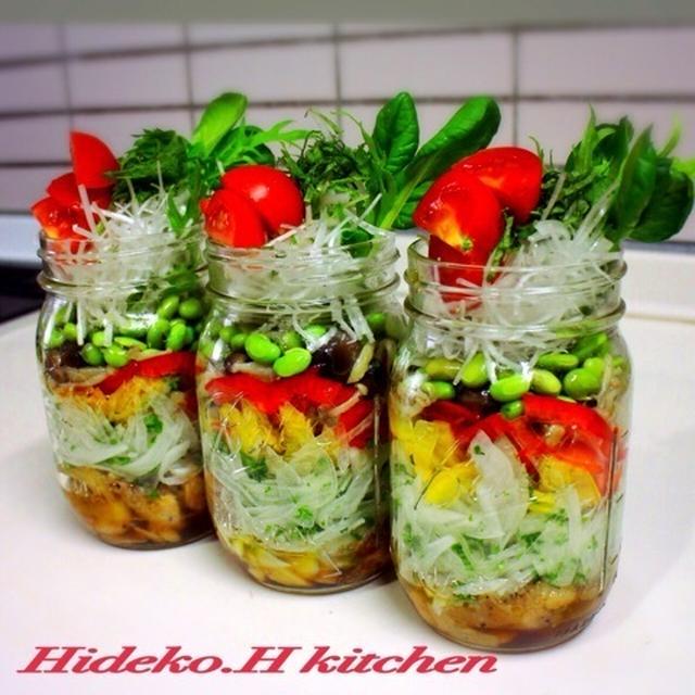 ほど塩レシピ★メイソンジャーで鶏にんにく春サラダごはん!