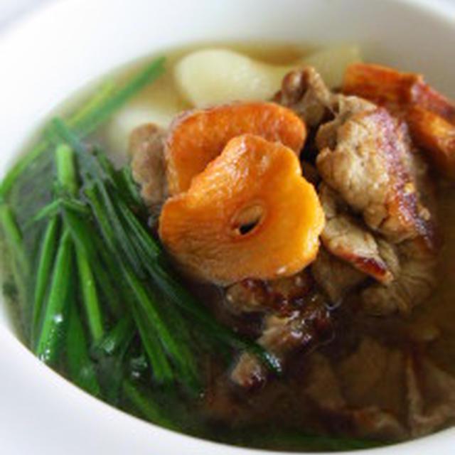 ★にんにく(마늘)入りのスタミナ味噌汁です。