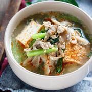 ボリュームアップでお腹も満足!厚揚げ入りのスープを作ってみよう♪