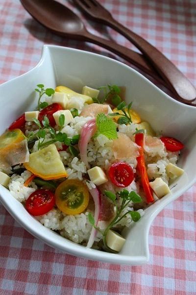 彩野菜のピクルス入りジュノベーゼちらし寿司