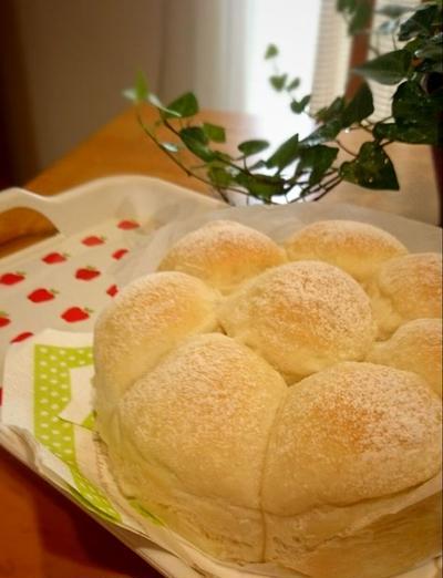 ゆーりん♪さんの ふわふわカルピスちぎりパン
