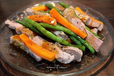 茹で野菜と豚の牡蠣油がけ