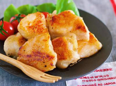 【無限チキン】冷めても柔らか♪お箸が止まらん♪『むね肉 de ガーリック塩チキン』
