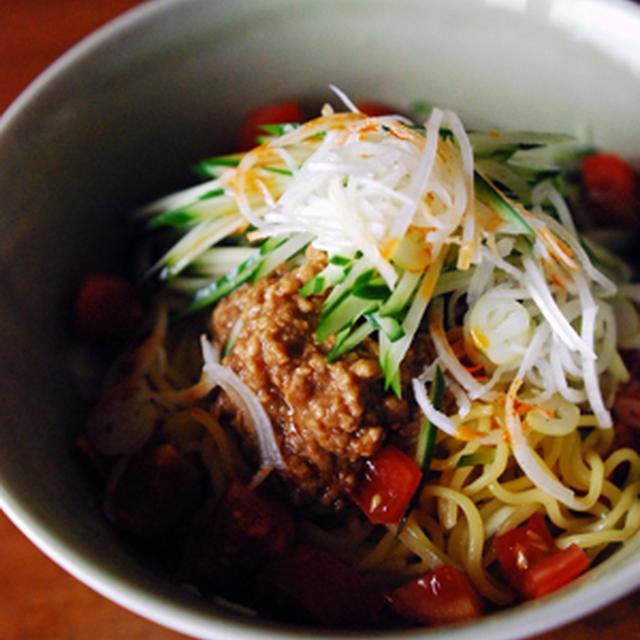 特製肉味噌の冷やし麺