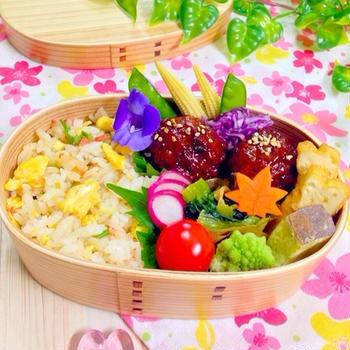 炒飯と肉団子の中華弁当