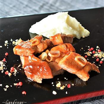 ハレの日の食卓にオイスター風味のポークステーキ♪