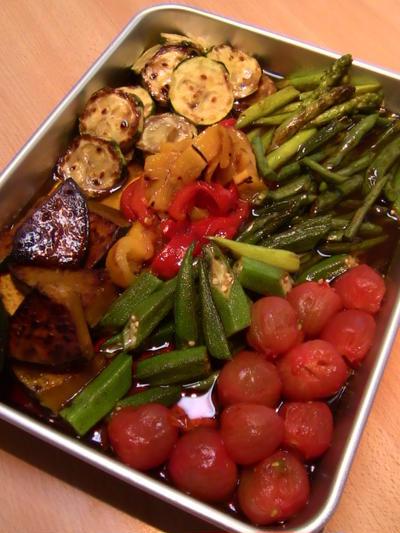 夏野菜のマリネとレバーのパテ