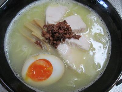 >「鶏白湯ラーメン」の実食! by yoshiさん