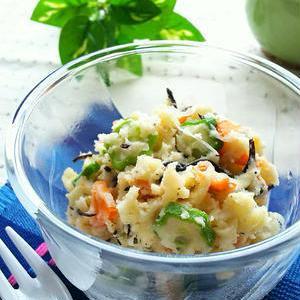 緑の野菜で彩りアップ!栄養たっぷり♪「ポテトサラダ」レシピ