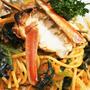 ■昼パスタ【蟹トマトクリームパスタ】市販のソースに焼き蟹乗せました♪