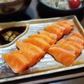 【家ごはん】 珍しくサーモンお刺身! [レシピ] 五目御飯