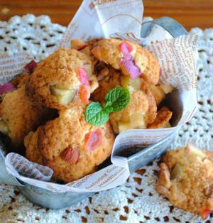 ホットケーキミックスで♪さつまいもとリンゴの ドロップクッキー ☆