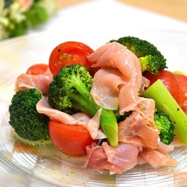 簡単柔らか♡鶏胸肉の甘辛しょうが焼き♪ と 生ハムとブロッコリーのマリネサラダ♪