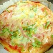 フライパン焼き☆手作りピザ / 会社でもインフルエンザが流行