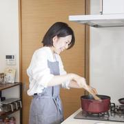 【おいしい暮らし】『ふたりごはん』の榎本美沙さんに聞く、夫婦一緒にお料理をするようになって変わったことって?