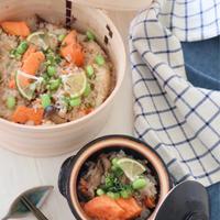 (レシピ)鮭しょっつるで秋の炊き込みご飯
