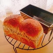 ごまごまミニ食パン♪たまご焼きサンド♪