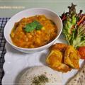お豆とトマトの野菜たっぷりインド風カレーとタンドリーチキン・ゴマのナン by strawberry-macaronさん