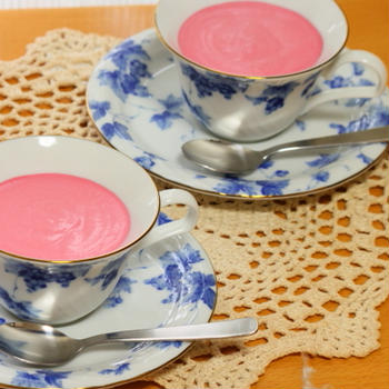 ピンクレアチーズケーキ
