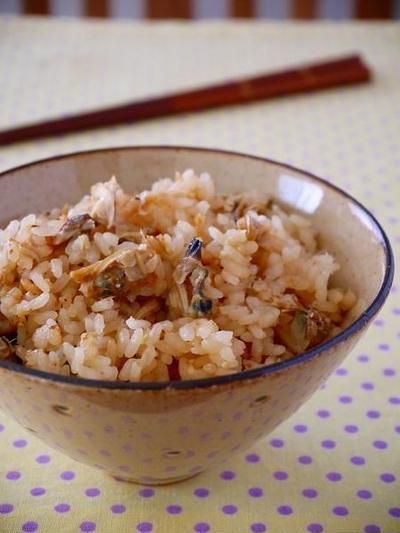 お手軽&簡単!缶詰の炊き込みご飯レシピ5選