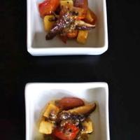 アンチョビバターソースで和えた*チーズとトマトと椎茸