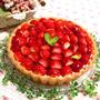キラキラ苺のレアチーズタルト♪