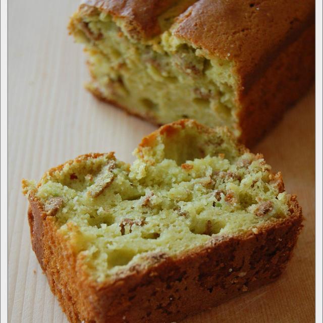 バターなし!アボカドとシリアルのパウンドケーキ