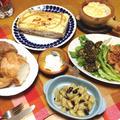 久々ギリシャ料理、2種のソースのパスタ版ムサカ「パスティチョ」、ズッキーニとタラモの2種のお団子、トマトに海鮮味をよーく移した「えびのサガナキ」となすのマリネ