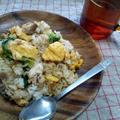 レタスと卵のニンニク風味炒飯
