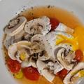 発酵トマトとポーチドエッグ トリュフオイル風味
