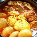 キムチ鍋の素でコトコト煮豚と赤いおでん