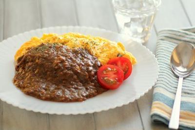 オムキーマカレー*知床玉ねぎとエゾシカ肉のキーマカレー