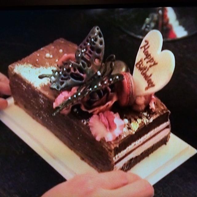 さえこさんへのバースデーケーキが素敵すぎる件♪
