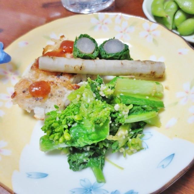 年越し蕎麦のおともにも☆緑黄色野菜♪菜の花の粉チーズ和え