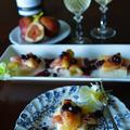 いちじく、生ハム、チーズのオープン米粉パン ブルーベリー×麹と黒酢オリーブオイルドレ by 青山 金魚さん