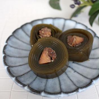 自家製冷食お節づくり③ 鰊の昆布巻き