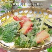 水菜とかにかまのかき揚げと秋野菜の天ぷら盛り合わせ