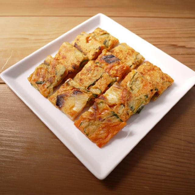 白菜キムチときゅうりのチヂミ