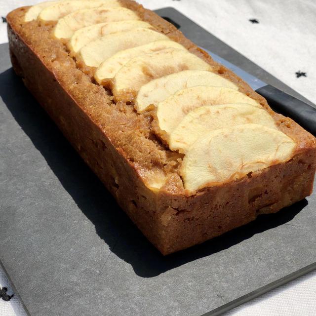 混ぜて焼くだけ、簡単過ぎる米粉の林檎ケーキのレシピ