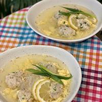 春雨+でボリュームアップの鶏つくねと春雨のレモンスープ・・これ一杯で満足のいくおかずです!!